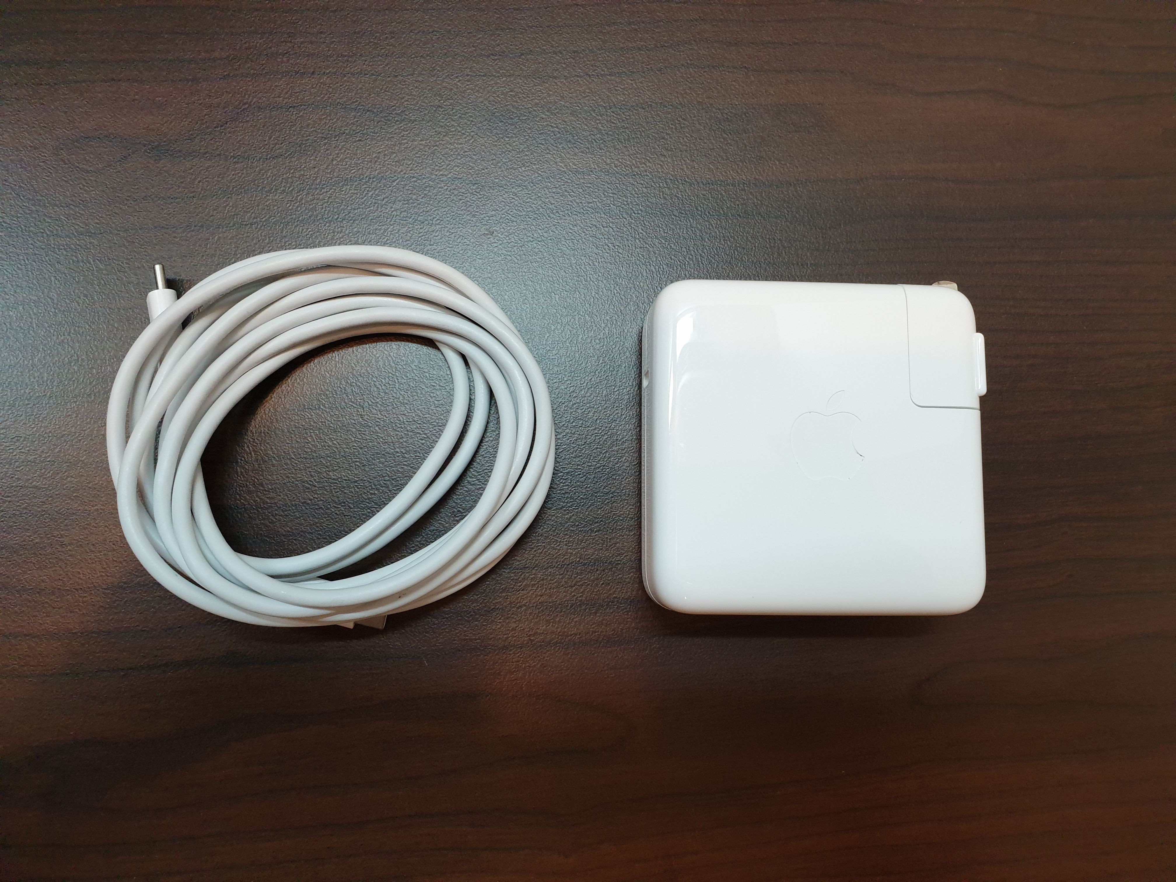 MacBook Pro 13-inch 2018 Charger