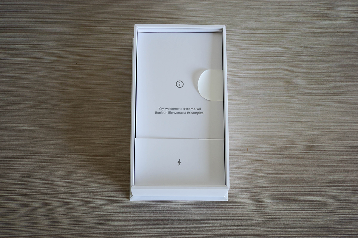 Google Pixel 2 XL Charger and Manual